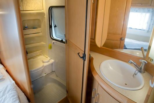 wohnwagenvermietung campingplatz rantum auf sylt. Black Bedroom Furniture Sets. Home Design Ideas